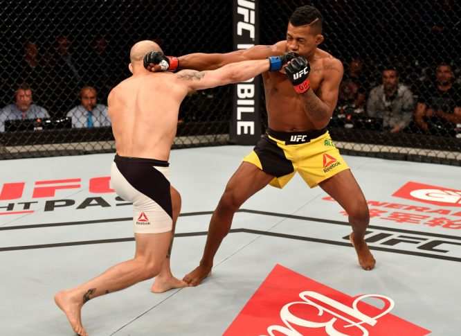UFC 212:ユーリ・アルカンタラ vs. ブライアン・ケレハー【ブラジル・リオデジャネイロ/2017年6月3日(Photo by Jeff Bottari/Zuffa LLC/Zuffa LLC via Getty Images)】