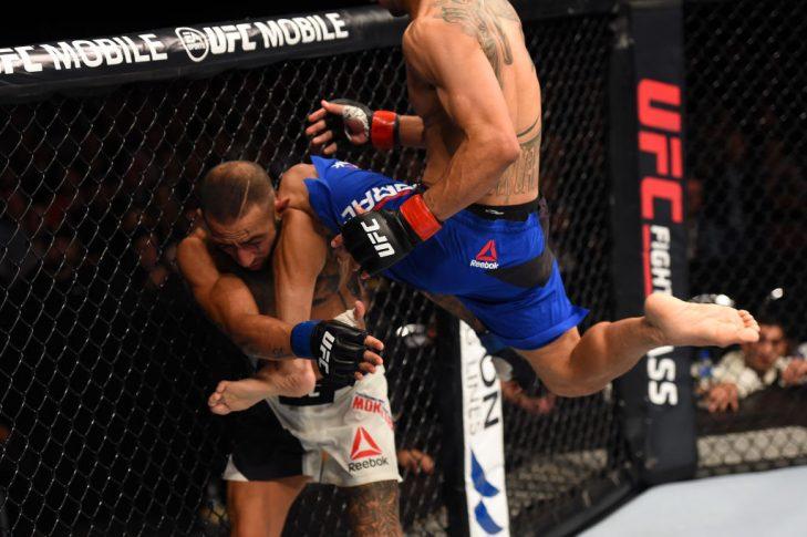 UFCファイトナイト・オークランド:ジョン・モラガ vs. アシュカン・モクタリアン【ニュージーランド・オークランド/2017年6月11日(Photo by Josh Hedges/Zuffa LLC/Zuffa LLC via Getty Images)】