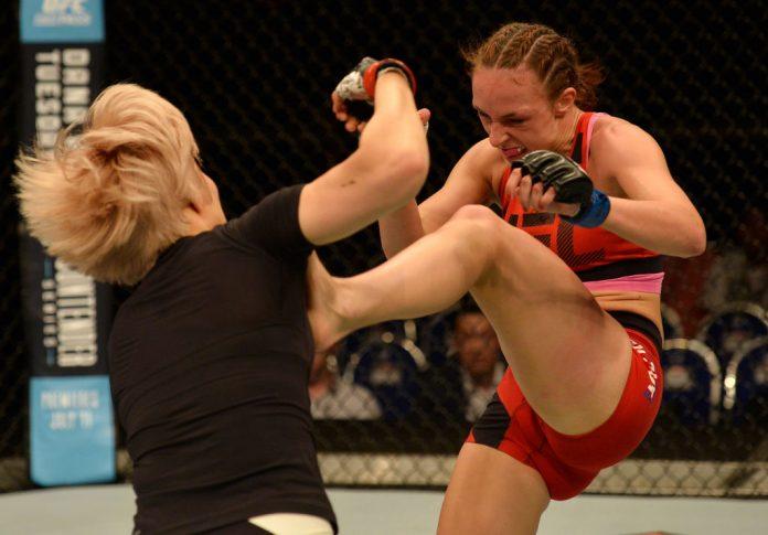 UFCファイトナイト・シンガポール:キム・ジヨン vs. ルーシー・プディロヴァ【シンガポール・カラン/2017年6月17日(Photo by Brandon Magnus/Zuffa LLC/Zuffa LLC via Getty Images)】