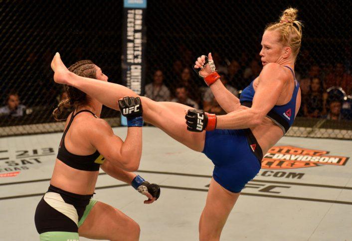 UFCファイトナイト・シンガポール:ホリー・ホルム vs. ベチ・コヘイア【シンガポール・カラン/2017年6月17日(Photo by Brandon Magnus/Zuffa LLC/Zuffa LLC via Getty Images)】
