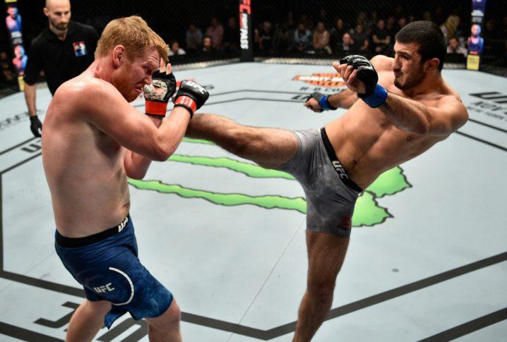UFCファイトナイト・ポーランド:サム・アルビー vs. ラマザン・エミーフ【ポーランド・グダニスク/2017年10月21日(Photo by Jeff Bottari/Zuffa LLC/Zuffa LLC via Getty Images)】