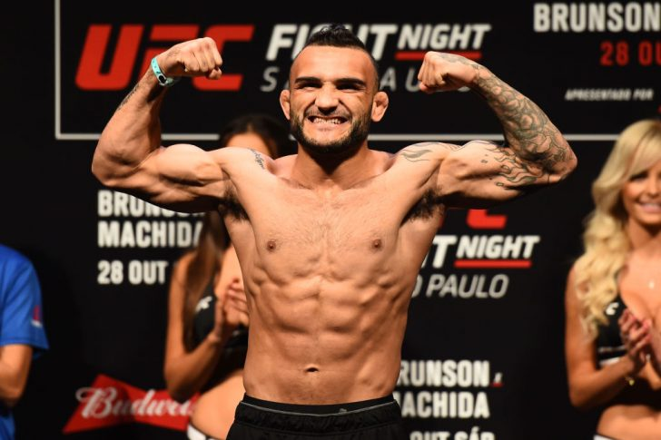 UFCファイトナイト・サンパウロ:公式計量セレモニーに登場したジョン・リネカー【ブラジル・サンパウロ/2017年10月27日(Photo by Josh Hedges/Zuffa LLC/Zuffa LLC via Getty Images)】