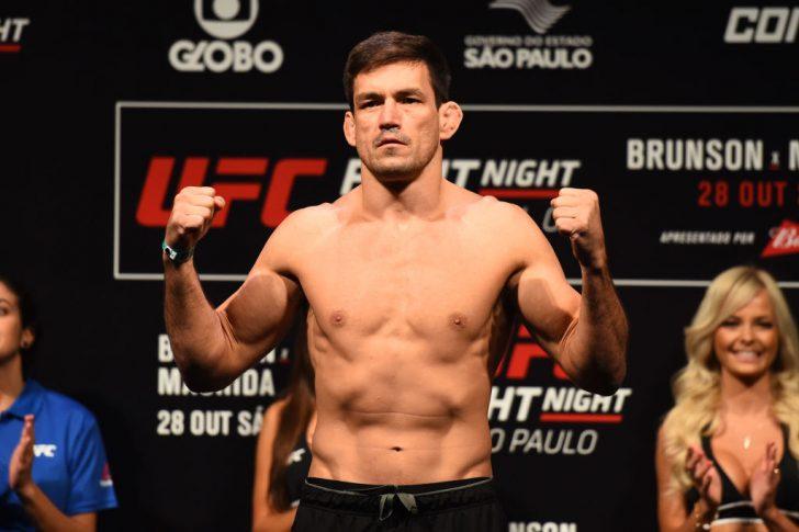UFCファイトナイト・サンパウロ:公式計量セレモニーに登場したデミアン・マイア【ブラジル・サンパウロ/2017年10月27日(Photo by Josh Hedges/Zuffa LLC/Zuffa LLC via Getty Images)】