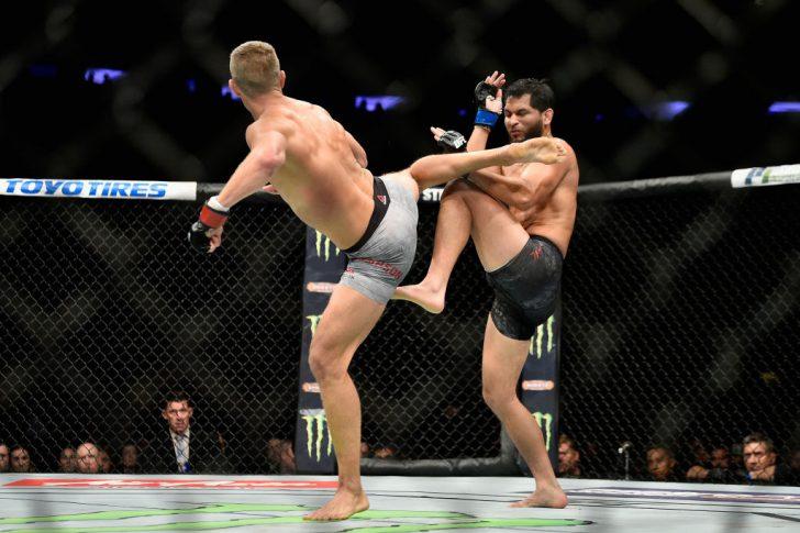 UFC 217:スティーブン・トンプソン vs. ホルヘ・マスヴィダル【アメリカ・ニューヨーク州ニューヨーク/2017年11月4日(Photo by Jeff Bottari/Zuffa LLC/Zuffa LLC via Getty Images)】