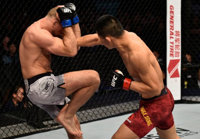 UFCファイトナイト上海:リー・ジンリャン vs. ザック・オットー【中国・上海/2017年11月25日(Photo by Brandon Magnus/Zuffa LLC via Getty Images)】
