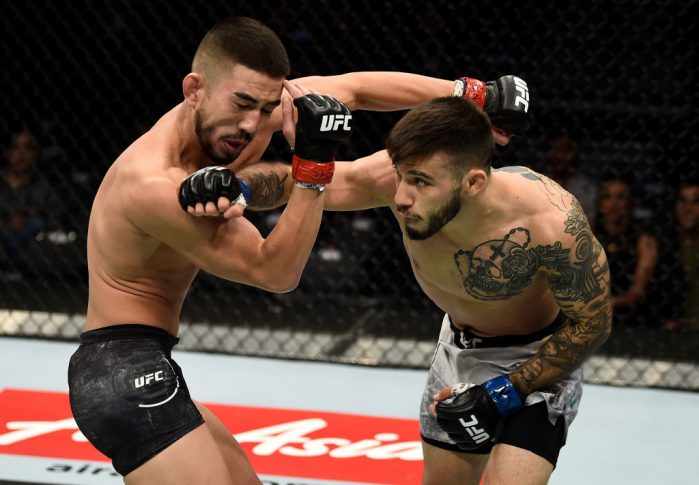 UFC 219:ルイス・スモルカ vs. マテウス・ニコラ【アメリカ・ネバダ州ラスベガス/2017年12月30日(Photo by Jeff Bottari/Zuffa LLC/Zuffa LLC via Getty Images)】