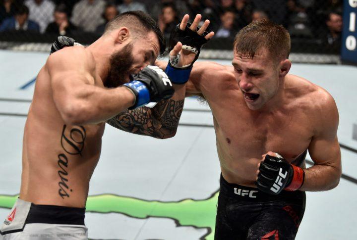 UFC 220:カイル・ボフニャク vs. ブランドン・デイビス【アメリカ・マサチューセッツ州ボストン/2018年1月20日(Photo by Jeff Bottari/Zuffa LLC/Zuffa LLC via Getty Images)】