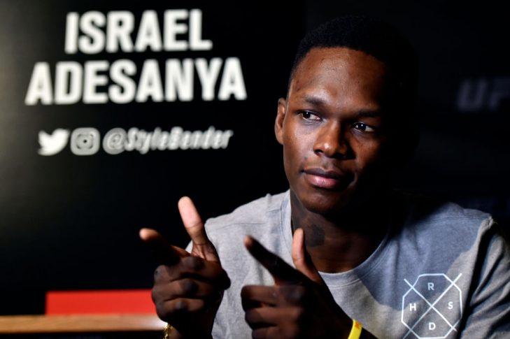 UFC 221:メディア対応するイズラエル・アデサニヤ 【オーストラリア・パース/2018年2月8日(Photo by Jeff Bottari/Zuffa LLC/Zuffa LLC via Getty Images)】