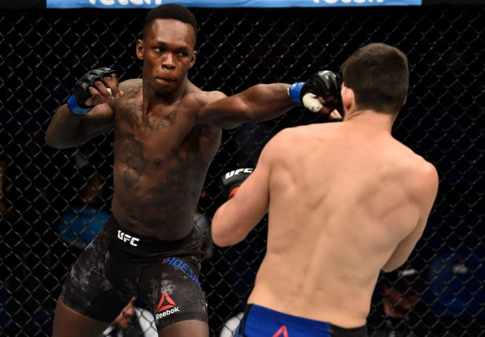 UFC 221:ロブ・ウィルキンソン vs. イズラエル・アデサニヤ【オーストラリア・パース/2018年2月11日(Photo by Jeff Bottari/Zuffa LLC/Zuffa LLC via Getty Images)】