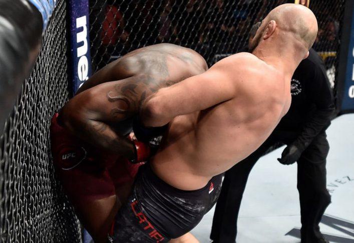 UFCファイトナイト・オーランド:オヴィンス・サン・プルー vs. イリル・ラティフィ【アメリカ・フロリダ州オーランド/2018年2月24日(Photo by Jeff Bottari/Zuffa LLC/Zuffa LLC via Getty Images)】