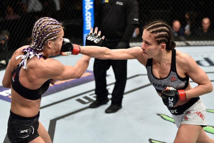 UFC 223:カロリーナ・コバルケビッチ vs. フェリス・ヘリッグ【アメリカ・ニューヨーク州ブルックリン/2018年4月7日(Photo by Jeff Bottari/Zuffa LLC/Zuffa LLC via Getty Images)】