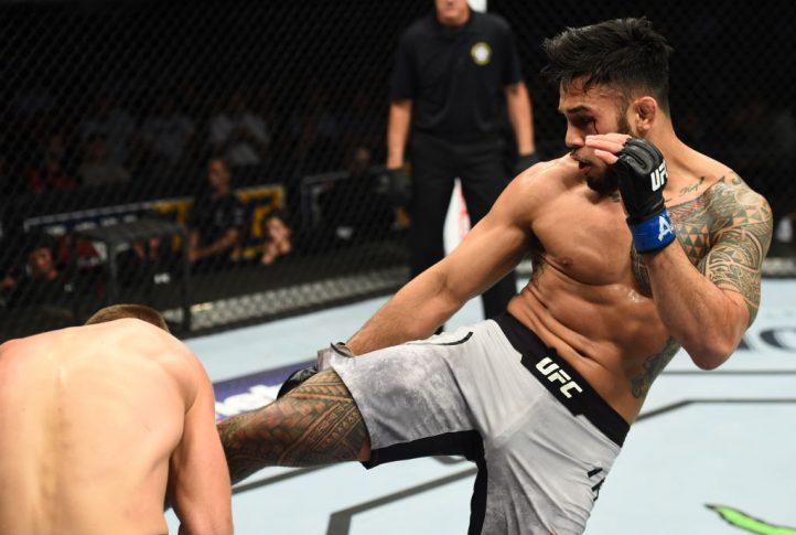UFCファイトナイト・アリゾナ:クリストフ・ヨトゥコ vs. ブラッド・タバレス【アメリカ・アリゾナ州グレンデール/2018年4月14日(Photo by Josh Hedges/Zuffa LLC/Zuffa LLC via Getty Images)】