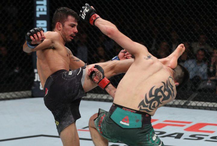 UFCファイトナイト・チリ:ブランドン・モレノ vs. アレクサンドル・パントーハ【チリ・サンティアゴ/2018年5月19日(Photo by Buda Mendes/Zuffa LLC/Zuffa LLC via Getty Images)】