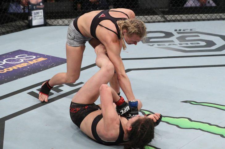 UFCファイトナイト・チリ:ヴェロニカ・マセド vs. アンドレア・リー【チリ・サンティアゴ/2018年5月19日(Photo by Buda Mendes/Zuffa LLC/Zuffa LLC)】