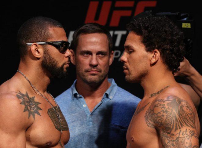 UFCファイトナイト・サンパウロ:フェイスオフに臨んだチアゴ・サントスとエリク・アンダース【ブラジル・サンパウロ/2018年9月21日(Photo by Buda Mendes/Zuffa LLC/Zuffa LLC via Getty Images)】
