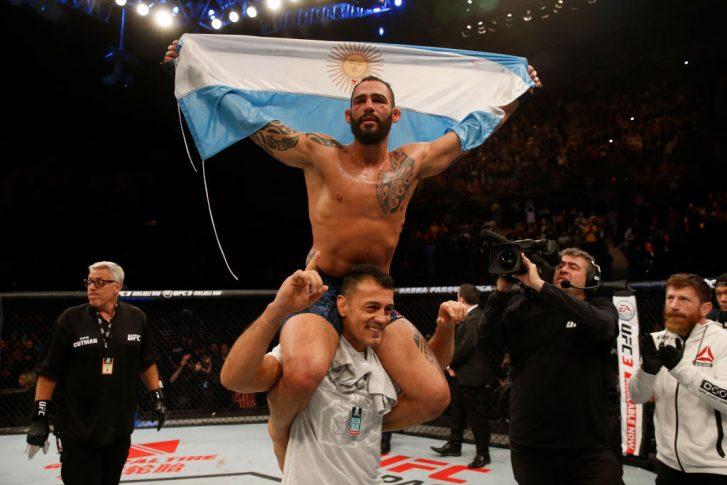 UFCファイトナイト・アルゼンチン:ニール・マグニー vs. サンチアゴ・ポンジニッビオ【アルゼンチン・ブエノスアイレス/2018年11月17日(Photo by Alexandre Schneider/Zuffa LLC/Zuffa LLC via Getty Images)】