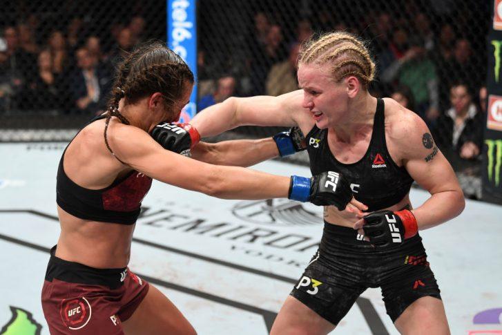 UFC 231:ワレンチナ・シェフチェンコ vs. ヨアンナ・イェンドジェイチェク【カナダ・オンタリオ州トロント/2018年12月8日(Photo by Josh Hedges/Zuffa LLC/Zuffa LLC via Getty Images)】