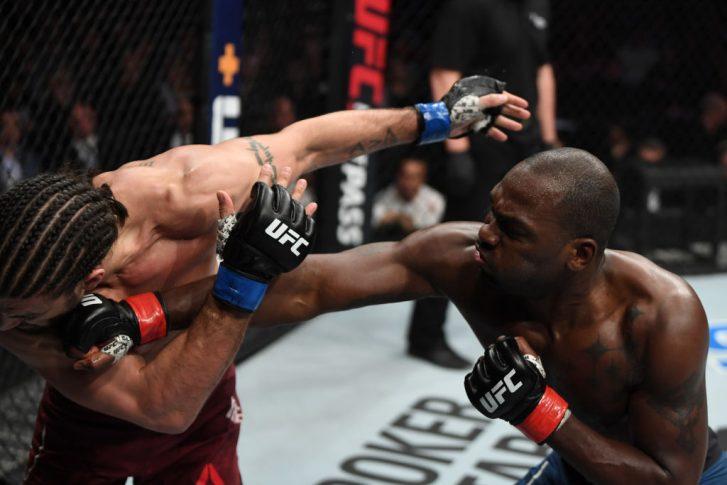 UFCファイトナイト・オタワ:デレク・ブランソン vs. エリアス・セオドル【カナダ・オンタリオ州オタワ/2019年5月4日(Photo by Jeff Bottari/Zuffa LLC/Zuffa LLC via Getty Images)】