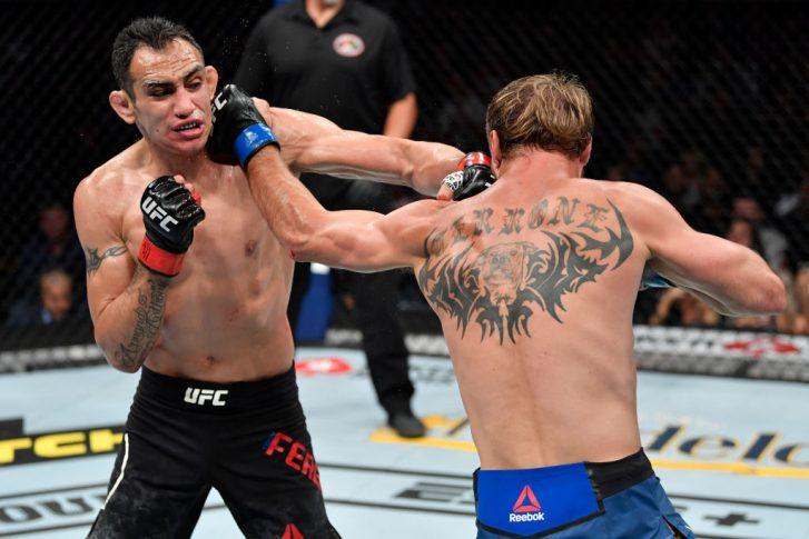 UFC 238:トニー・ファーガソン vs. ドナルド・セラーニ【アメリカ・イリノイ州シカゴ/2019年6月8日(Photo by Jeff Bottari/Zuffa LLC/Zuffa LLC via Getty Images)】