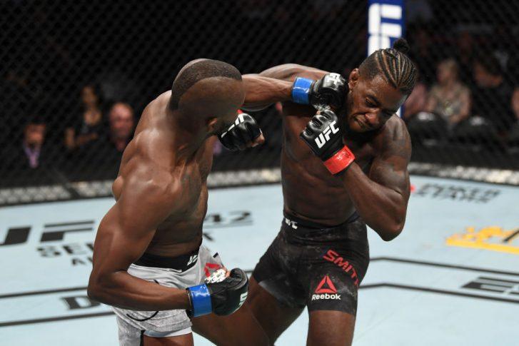 UFC 241:デボンテ・スミス vs. カーマ・ワーシー【アメリカ・カルフォルニア州アナハイム/2019年8月17日(Photo by Josh Hedges/Zuffa LLC/Zuffa LLC via Getty Images)】