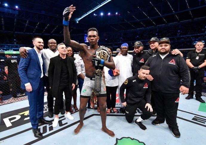 UFC 243:ロバート・ウィテカー vs. イズラエル・アデサニヤ【オーストラリア・メルボルン/2019年10月6日(Photo by Jeff Bottari/Zuffa LLC/Zuffa LLC via Getty Images)】