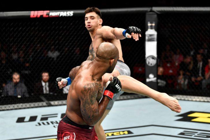 UFCファイトナイト・ストックホルム:ジミ・マヌワ vs. アレクサンダル・ラキッチ【スウェーデン・ストックホルム/2019年6月1日(Photo by Jeff Bottari/Zuffa LLC/Zuffa LLC via Getty Images)】