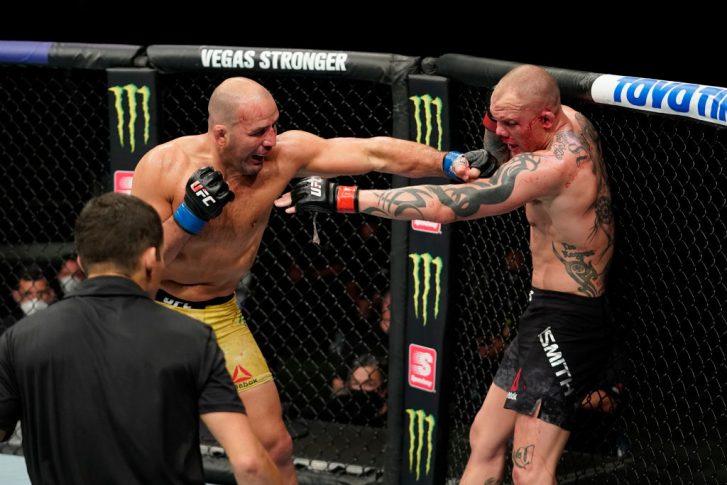 UFCファイトナイト・ジャクソンビル:アンソニー・スミス vs. グローバー・テイシェイラ【アメリカ・フロリダ州ジャクソンビル/2020年5月13日(Photo by Cooper Neill/Zuffa LLC via Getty Images)】