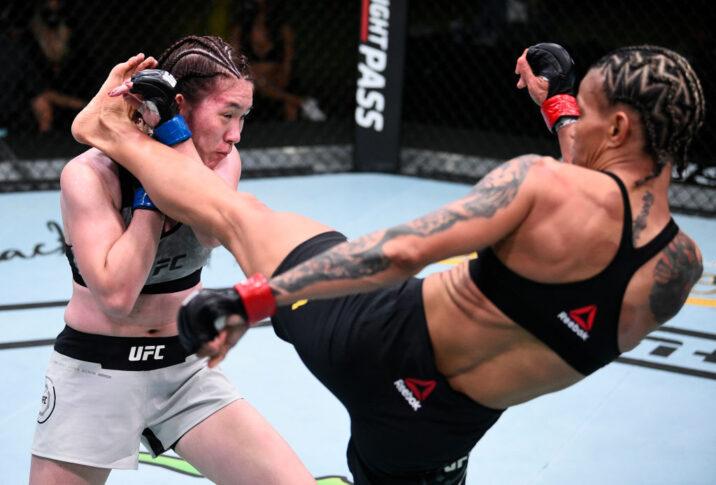 UFCファイトナイト・ラスベガス7:アマンダ・レモス vs. 魅津希【アメリカ・ネバダ州ラスベガス/2020年8月22日(Photo by Chris Unger/Zuffa LLC)】