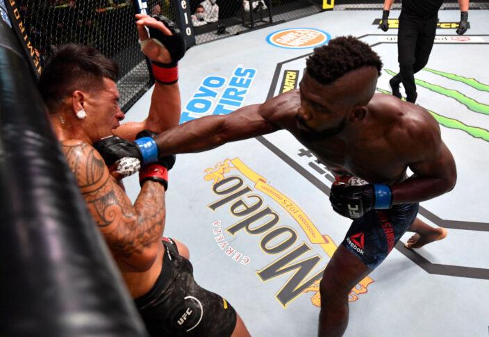 UFCファイトナイト・ラスベガス8:マキ・ピトーロ vs. インパ・カサンガナイ【アメリカ・ネバダ州ラスベガス/2020年8月29日(Photo by Jeff Bottari/Zuffa LLC)】