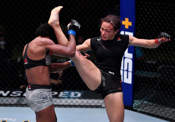 UFCファイトナイト・ラスベガス10:ミシェル・ウォーターソン vs. アンジェラ・ヒル【アメリカ・ネバダ州ラスベガス/2020年9月12日(Photo by Jeff Bottari/Zuffa LLC)】