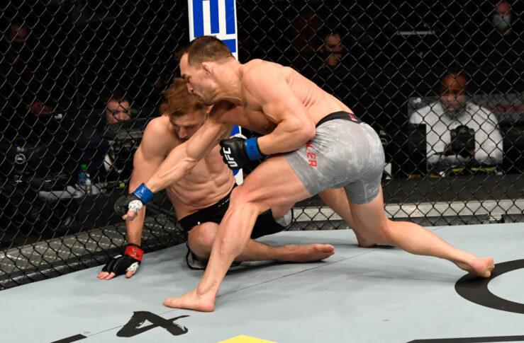 UFC 257:ダン・フッカー vs. マイケル・チャンドラー【アラブ首長国連邦・アブダビ/2021年1月24日(Photo by Jeff Bottari/Zuffa LLC)】