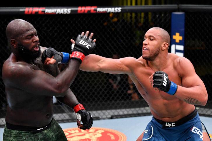 UFCファイトナイト・ラスベガス20:ジャルジーニョ・ホーゼンストライク vs. シリル・ガーヌ【アメリカ・ネバダ州ラスベガス/2021年2月27日(Photo by Jeff Bottari/Zuffa LLC)】