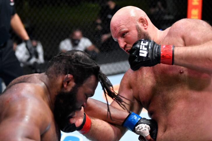 UFCファイトナイト・ラスベガス27:ベン・ロズウェル vs. クリス・バーネット【アメリカ・ネバダ州ラスベガス/2021年5月22日(Photo by Chris Unger/Zuffa LLC)】