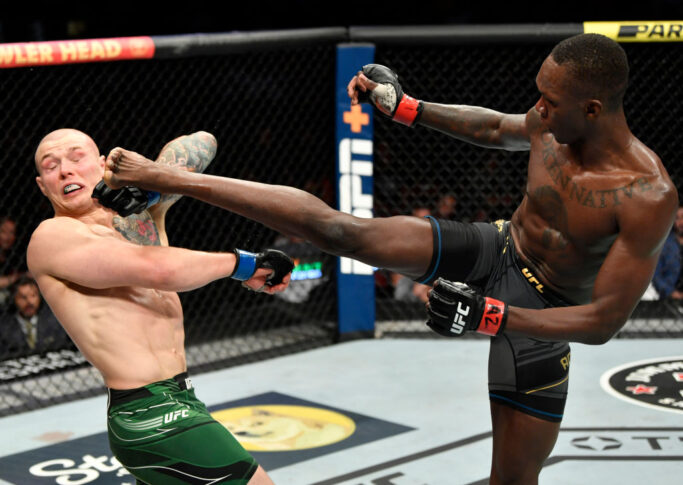 UFC 263:イズラエル・アデサニヤ vs. マービン・ヴェットーリ【アメリカ・アリゾナ州グレンデール/2021年6月12日(Photo by Jeff Bottari/Zuffa LLC)】